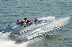 2008 - Hustler Powerboats - 25 Talon