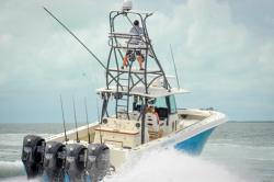 2014 - Hydra Sports Boats - 4200 SF