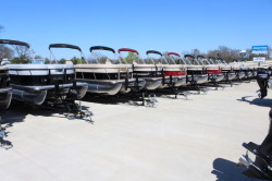 New Pontoons 20' to 25'