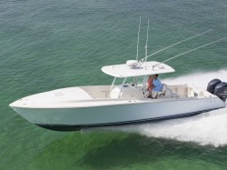 2018 - Jupiter Boats - 38 Cuddy