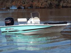 2017 - Key Largo Boats - 186 Bay Boat