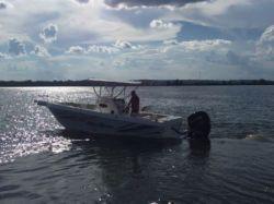 2018 - Key Largo Boats - V24 Offshore WI CC