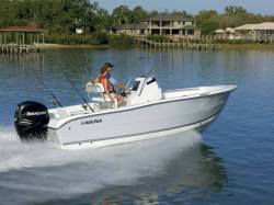 Laguna C-210 SC Center Console Boat