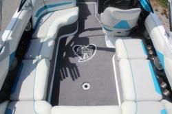 2014 Axis Wake Research T22