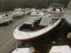 1976 Sea Ray 197 SRV Bowrider Mercruiser 188
