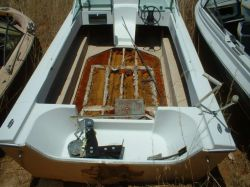 1978 Bentley 16 Bowrider Tri Hull Outboard