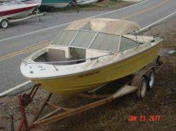 1980 Sea Ray SRV-197 Bowrider Mercruiser 260