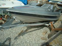 1987 Bayliner 17ft Closedbow Runabout