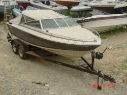 1985 190 Horizon Bowrider Mercruiser 170