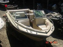 1985 190 Horizon family Bowrider Mercruiser 170