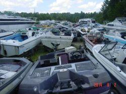 1988 Bayliner 1700 Cobra bassboat outboard hull