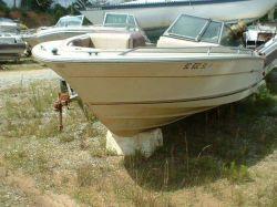 1985 Sea Ray 207 Monaco Bowrider OMC Intermediate