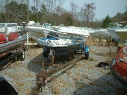 1984 184 Bass Boat Hull