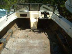 1982 190 Bowrider OMC Cut