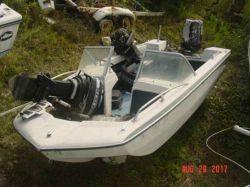 1970 Glastron V156 WB Trihull Outboard Mercury
