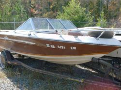 1984 V-171 Bowrider 17 Mercruiser cut hull