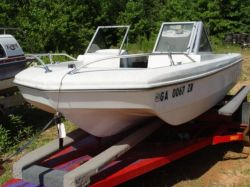 1974 160 Outboard Trihull Bowrider