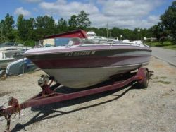1988 1900 XR Bowrider Outboard Hull