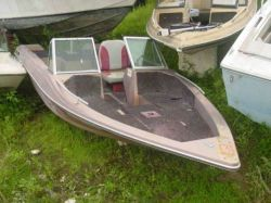 1983 ProCraft 1750V Fish and Ski Outboard Hull
