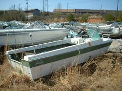 1971 Fabuglas Trident 154 Outboard Bowrider