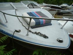 1989 Bayliner 1952 Capri 19ft Cuddy Cabin