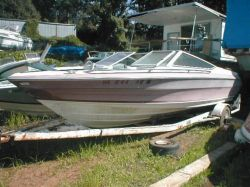 1990 2100 XR Bowrider Outboard Hull