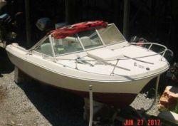 1980 V20 Steplift Offshore Cuddy OB Hul