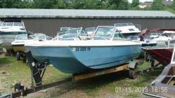 1974  185 Bowrider Mercruiser 165