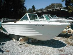 1974 SportCraft 18 Closed Bow Outboard Hull