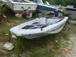 1975 175 Bass boat Mercury 150