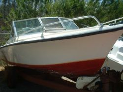 1979 190 Offshore Outboard Cuddy