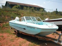 1972 Arrowglass 16 ft VIP Bowrider Johnson 65