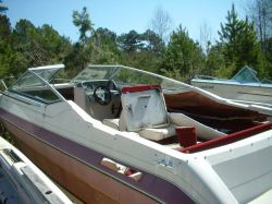 1990 2100 SC Sport Cuddy Hull Mercruiser