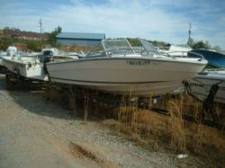 1979 185 Outboard Bowrider Hull