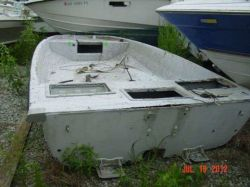 1989 Kenner 160 Flats Fisher OB Hull