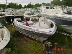 1989 Maxum 1700 SR Bowrider Outboard Hull Force Controls