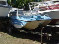 1974 180 Snark Bowrider Outboard Hull