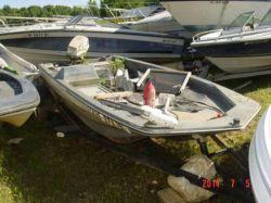 1983 Cimmaron 155 Bassboat Johnson 50