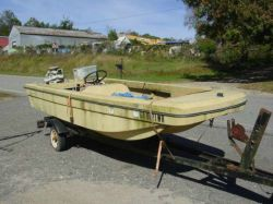 1971 Bananza Bass Boat Chrysler 55