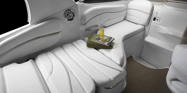com_assets_model_cabrio_260_260_seating