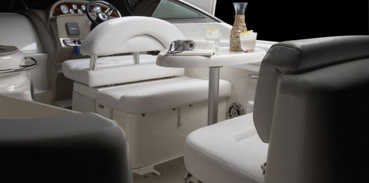com_assets_model_cabrio_274_274_cockpittable