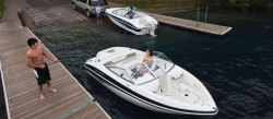 2010 - Larson Boats - LX1700