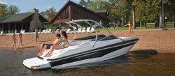 2010 - Larson Boats - Senza 206
