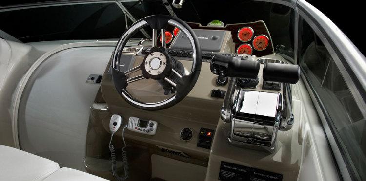 comassetsmodelcabrio310310_helm