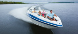 2011 - Larson Boats - Senza 226