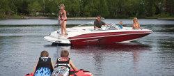 2011 - Larson Boats - Escape 204