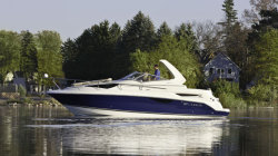 2011 - Larson Boats - Cabrio 857