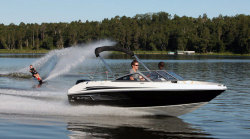 2012 - Larson Boats - LX 860