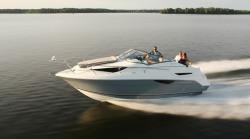 2012 - Larson Boats - Cabrio 777