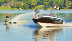 2013 - Larson Boats - LX 195S IO